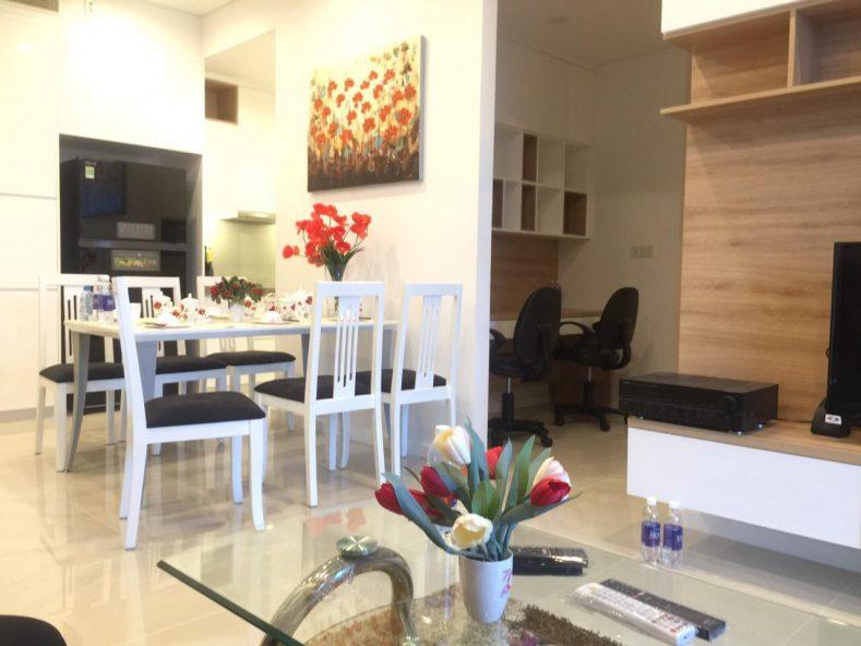 Cho thuê căn hộ Sarimi mới 100%, 2pn, Nhà FULL nội thất 1300 $/tháng