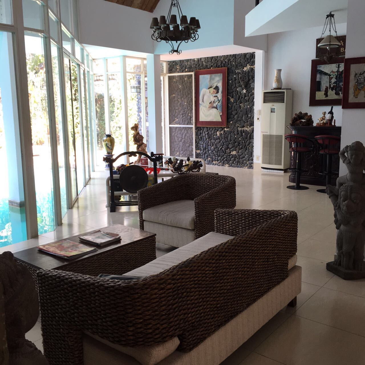 Cho thuê biệt thự đường Trần Não quận 2 diện tích 700m2, giá 4000usd/tháng